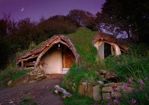 ترجمه-انگلیسی: عجيب غريب ترين خانه هاي دنيا(قسمت دوم)