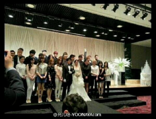 BJkn95cCQAIPUj5 [Photo+Trans] Kim Kyu Jong with Heo Young Saeng   Twitter Site Update [13.05.06]&Kim Kyu Jong @ B2Ms Director Wedding last May 4,2013 &KyuJong is the BEST MEMBERS of FC Avengers