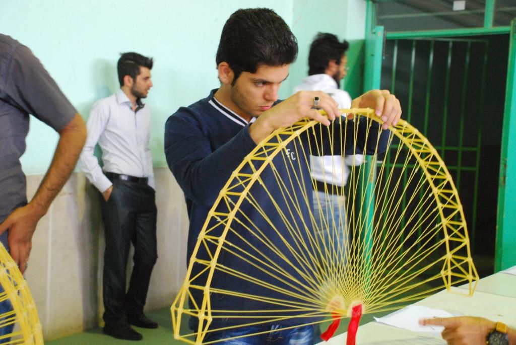گزارش تصویری چهارمین دوره مسابقات کشوری سازه های ماکارونی IAUZAH