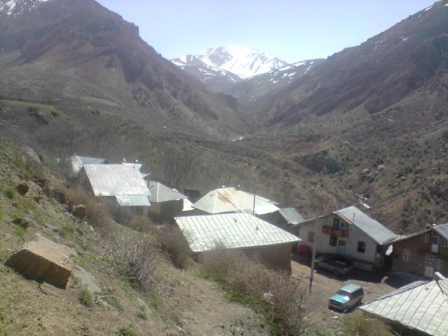 روستای زیبای وربن خوابیده دردامن کوه کافلت