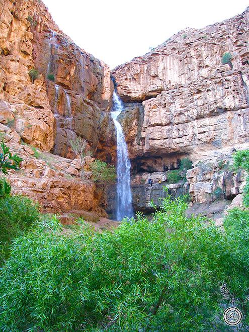 آبشار دره گاهان