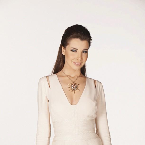 تصاویر فتوشاپ نانسی عجرم عرب ایدول Nancy's latest photoshoot from Arab Idol prime