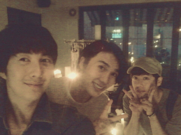 772896738 kim kyu jong & kim hyung jun twitter site update