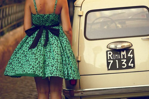 [تصویر:  1950s_fashion_1960sfashion_5os_fashion_60s_fashion.jpg]