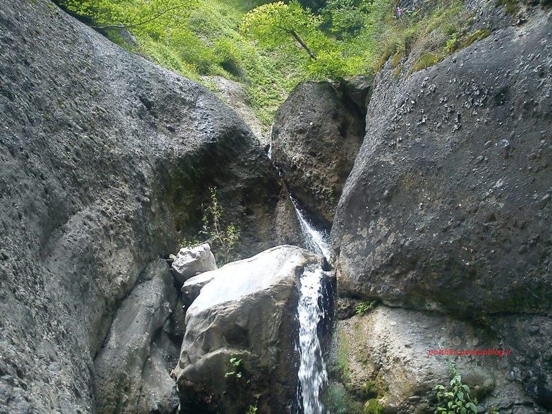 آبشاری بالاتر ا ز شوئیل