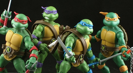 دانلود تریلر بازی	Teenage Mutant Ninja Turtles SDCC 2013