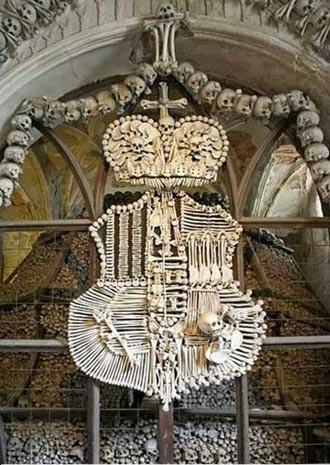 تاپ ناب تصاویر کلیسایی که از استخوان مسلمانان ساخته شد