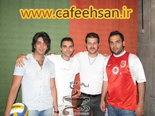 http://s4.picofile.com/file/7896357846/Ghadimi_cafeehsan_6_.jpg