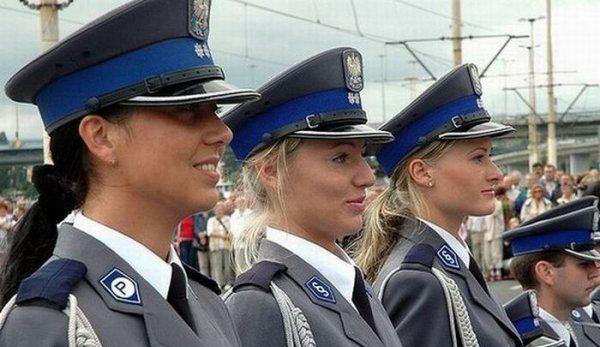 مطالب داغ: پلیس های زن در کشور های مختلف