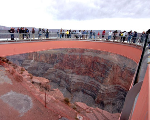 [تصویر:  grand_canyon_skywalk.jpg]