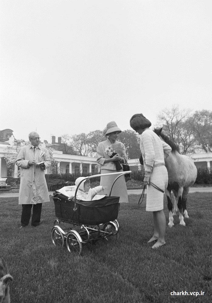 فرح و زن جان اف کندی
