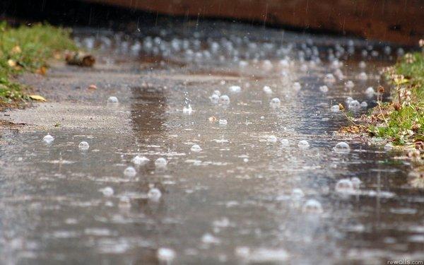 دوهواییم دمی صاف و دمی بارانی
