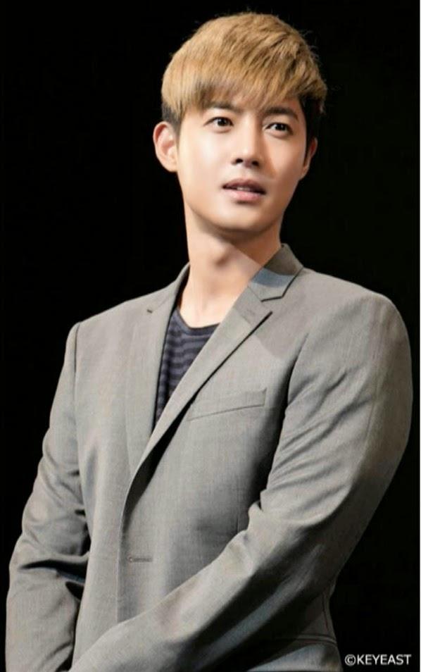 [Photo] Kim Hyun Joong - Japan Mobile Site Update [15.01.13]