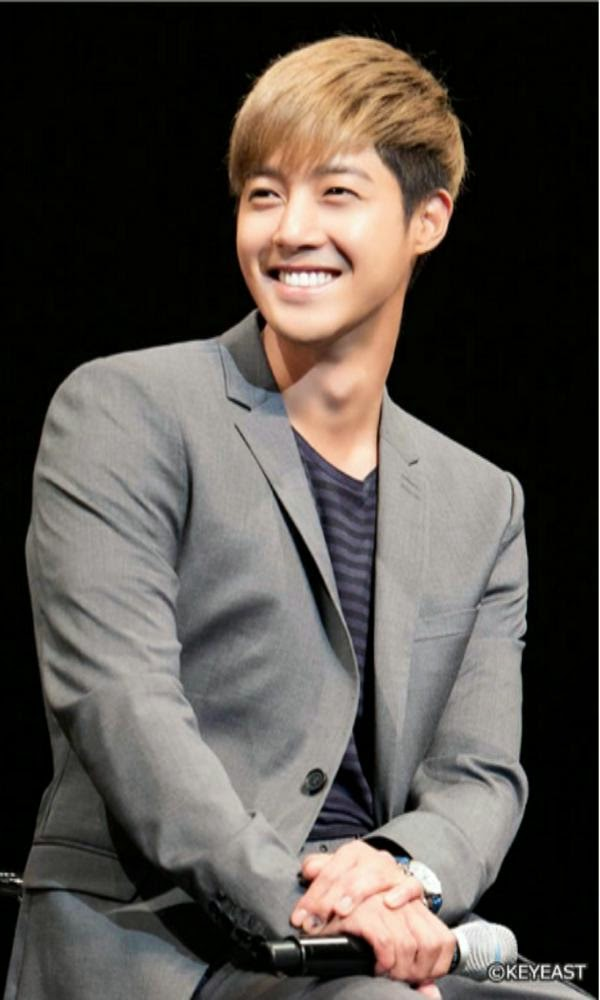 [Photo] Kim Hyun Joong - Japan Mobile Site Update [15.01.16]