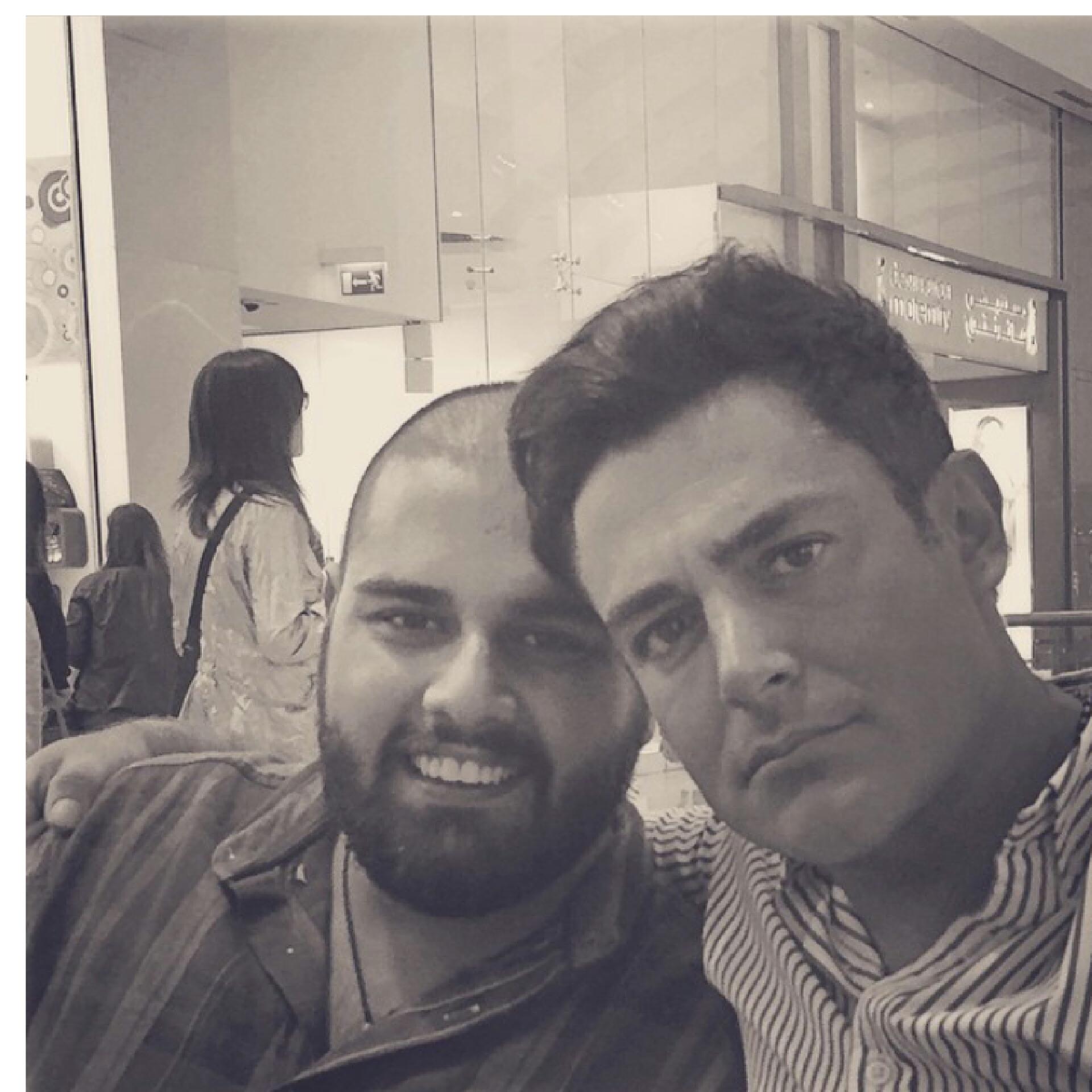 محمدرضا گلزار و آرین عزیز در دبی
