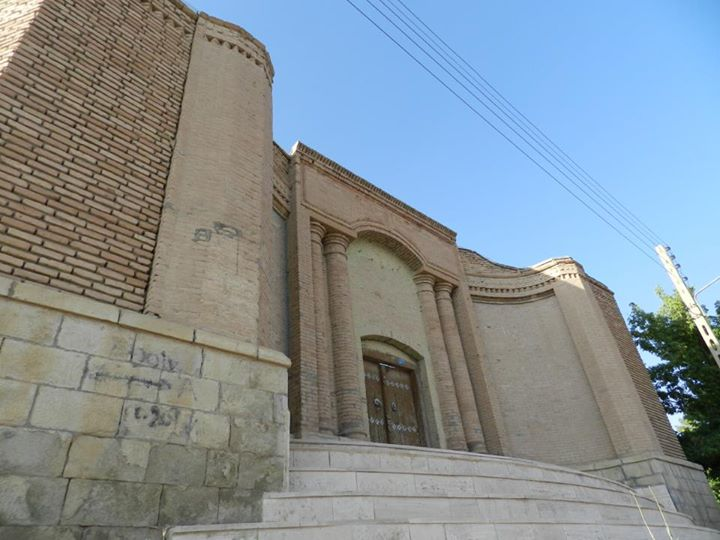 تصویر-درب-ورودی-عمارت-سردار-قالاسی-تکاب