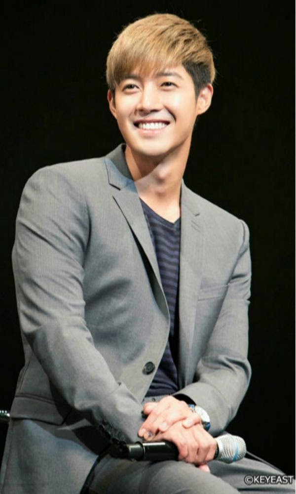 [Photo] Kim Hyun Joong - Japan Mobile Site Update [15.01.23]