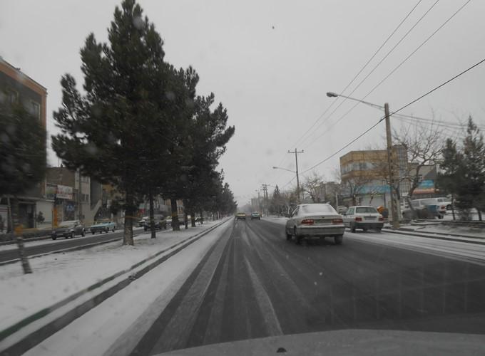 بارش اولین برف زمستانی در مشهد