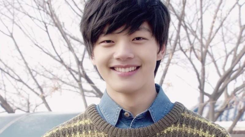 رسانه کره پیکس-عکس های نوجوانی لی هون در سریال افسانه خورشید و ماه