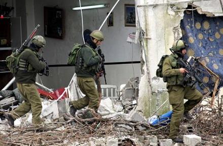 [تصویر: Palestinian_house_Balata.jpg]