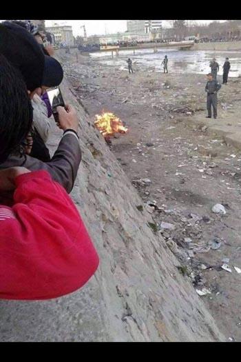 تصویربرداری از سوزاندن جسد فرخنده در کابل