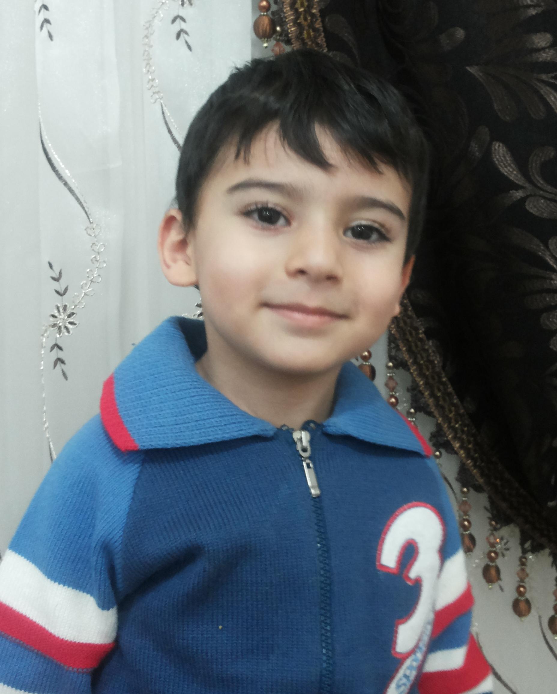 محمد حسام پسر مصطفی