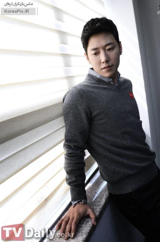 عکس های کیم یونگ هون بازیگر نقش آشپز ها جون در سریال خانواده کیمچی