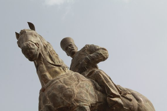 غضنفرالسلطنه برازجانی سوار بر اسب