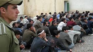 حدود هفت و نيم ميليون افغانستانی در دیگر کشورها به عنوان مهاجر زندگى می کند.
