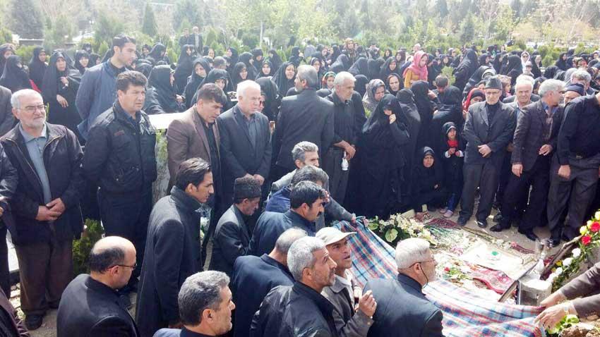 تشییع جنازه مادر سردار شهید جواد قنبری قاضی جهانی