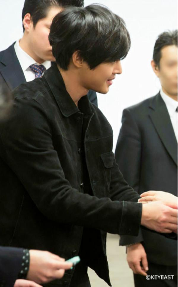 [Photo] Kim Hyun Joong - Japan Mobile Site Update [15.04.13]