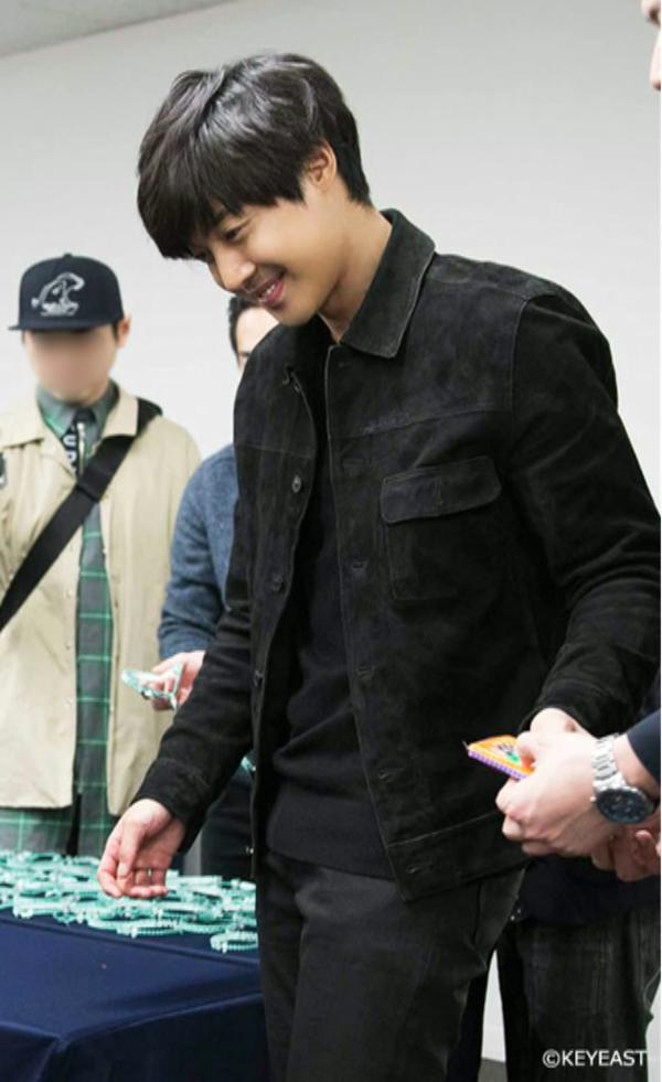[Photo] Kim Hyun Joong - Japan Mobile Site Update [15.04.17]