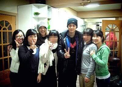 KHJ and Kim Bum With Church Friends 2008.12.18