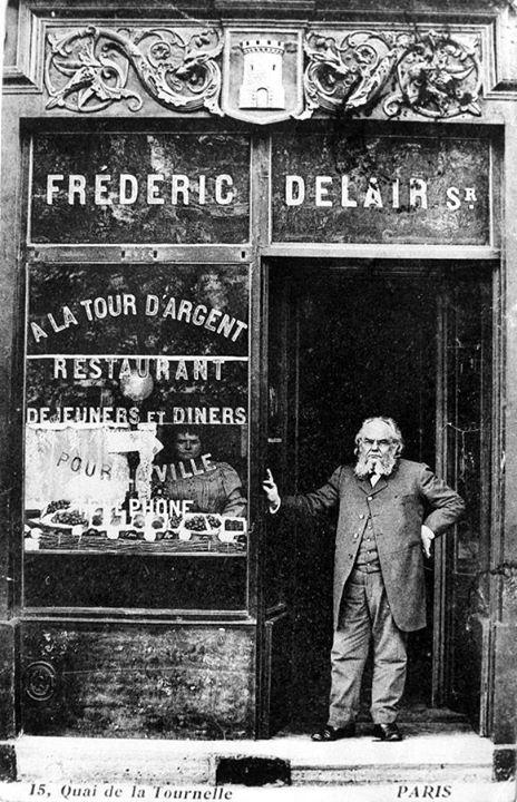 عكس نایاب از رستورانی در پاریس