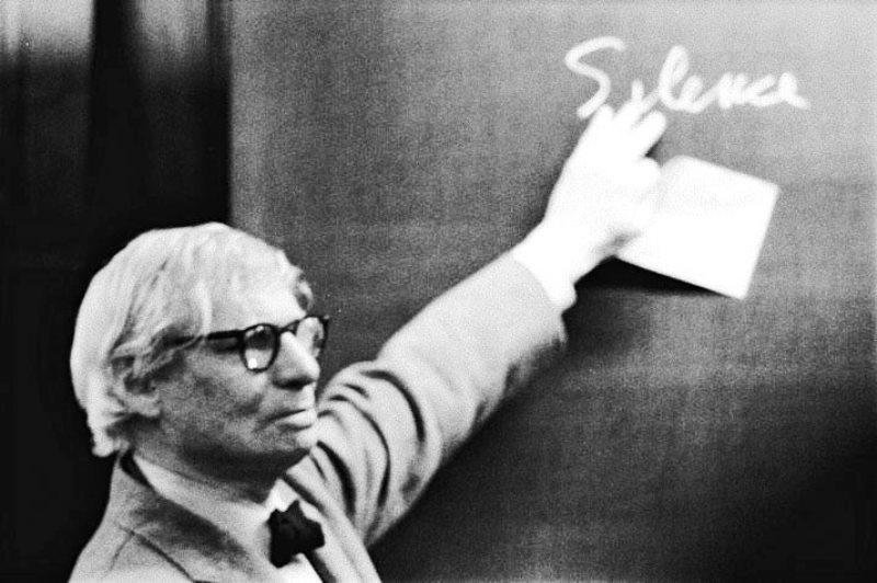 لوئی ایزادور کان (۱۹۰۱-۱۹۷۴) معمار  Louis Isadore Kahn