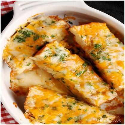 نان سیر و ریحان پنیری