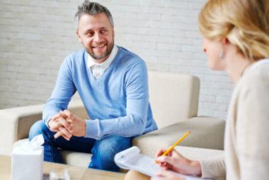 راهکارهایی که به شما می گویند آیا جلسات روان درمانی تان نتیجه ای را به دنبال داشته یا خیر