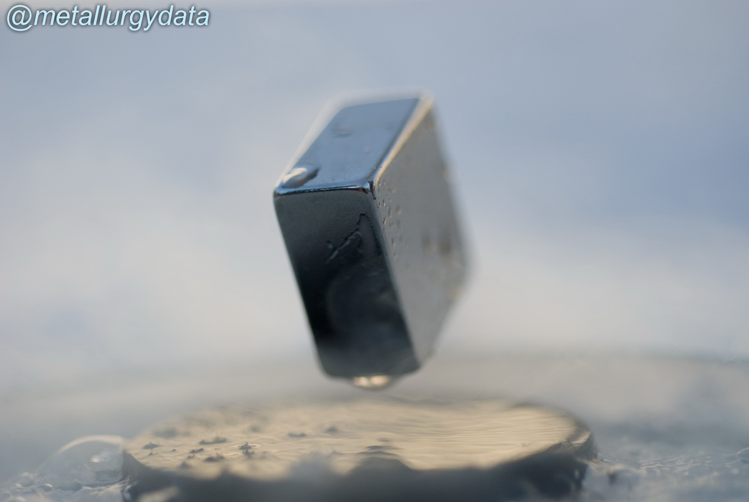 http://s4.picofile.com/file/8287667526/levitation_of_a_magnet_on_top_of_a_superconductor_of_cuprate_type_YBa2Cu3O7_cooled_at_196_C.jpg