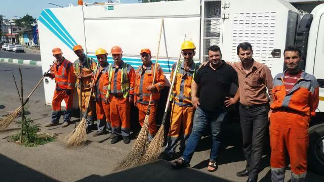 اجرای طرح پاکسازی هفتگی محلات شهر رشت