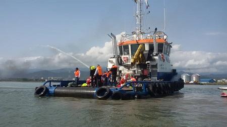 مانور جستجو و نجات دریایی در آستارا برگزار شد