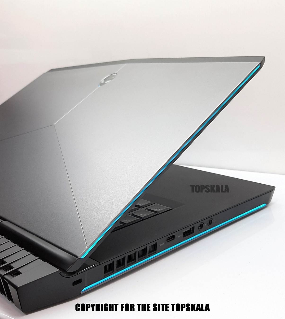لپ تاپ استوک دل مدل Dell ALIENWARE R4 15 با مشخصات i7-8th-32GB-256GB-SSD-1TB-HDD-8GB-nvidia-GTX-1070